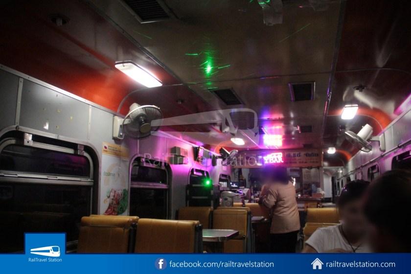 Special Express 14 Chiang Mai Bangkok Hua Lamphong 2012 048