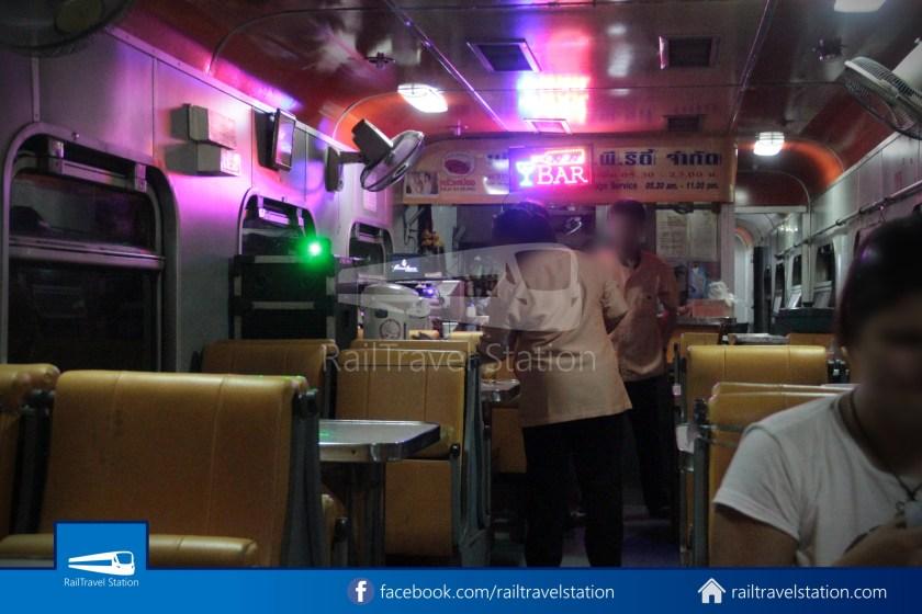 Special Express 14 Chiang Mai Bangkok Hua Lamphong 2012 049