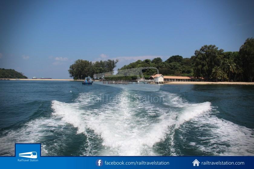 Marina South Ferries St John Island Kusu Island 006