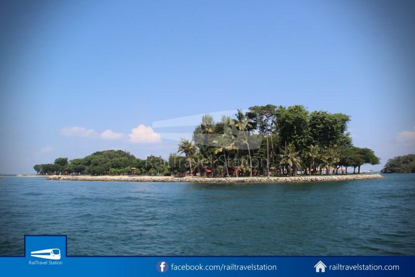 Marina South Ferries St John Island Kusu Island 020