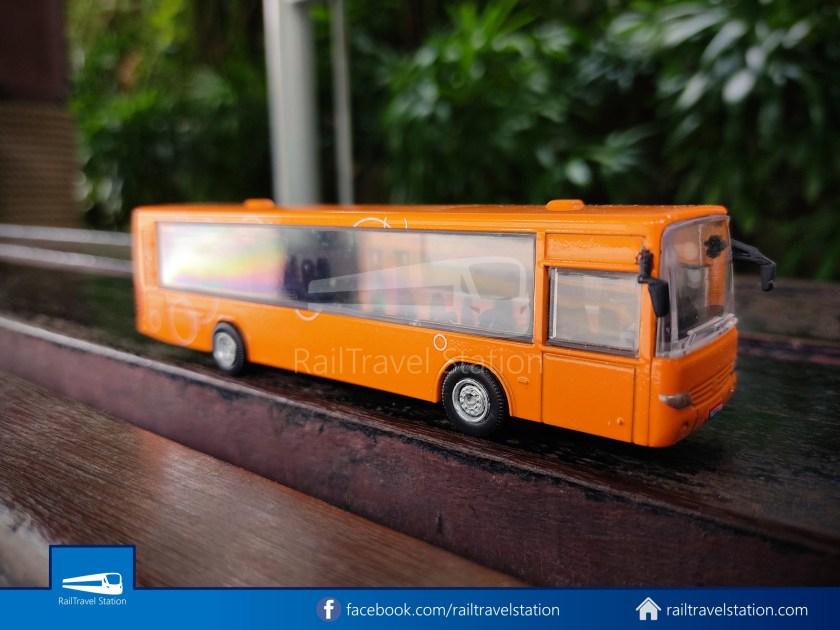 Sentosa Monorail Bus Models Taobao Knockoffs 006