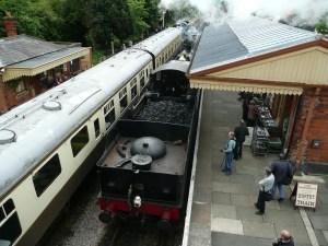 Cheltenham Racecourse railway station - GWSR