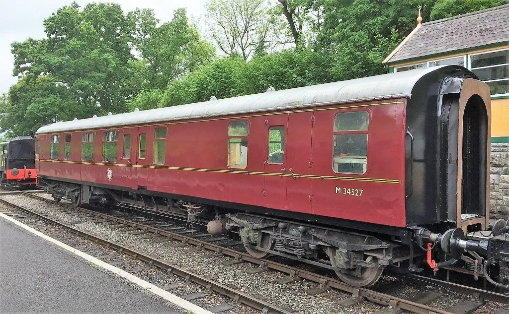 M34527 Mark 1 carriage with newly fitted gangways back on S & D metals at Midsomer Norton