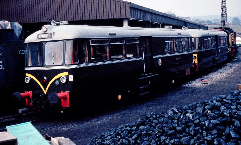 Haworth Yard - waggon and maschinenbau - diesel railbus - Class S160 tender - railway photographs