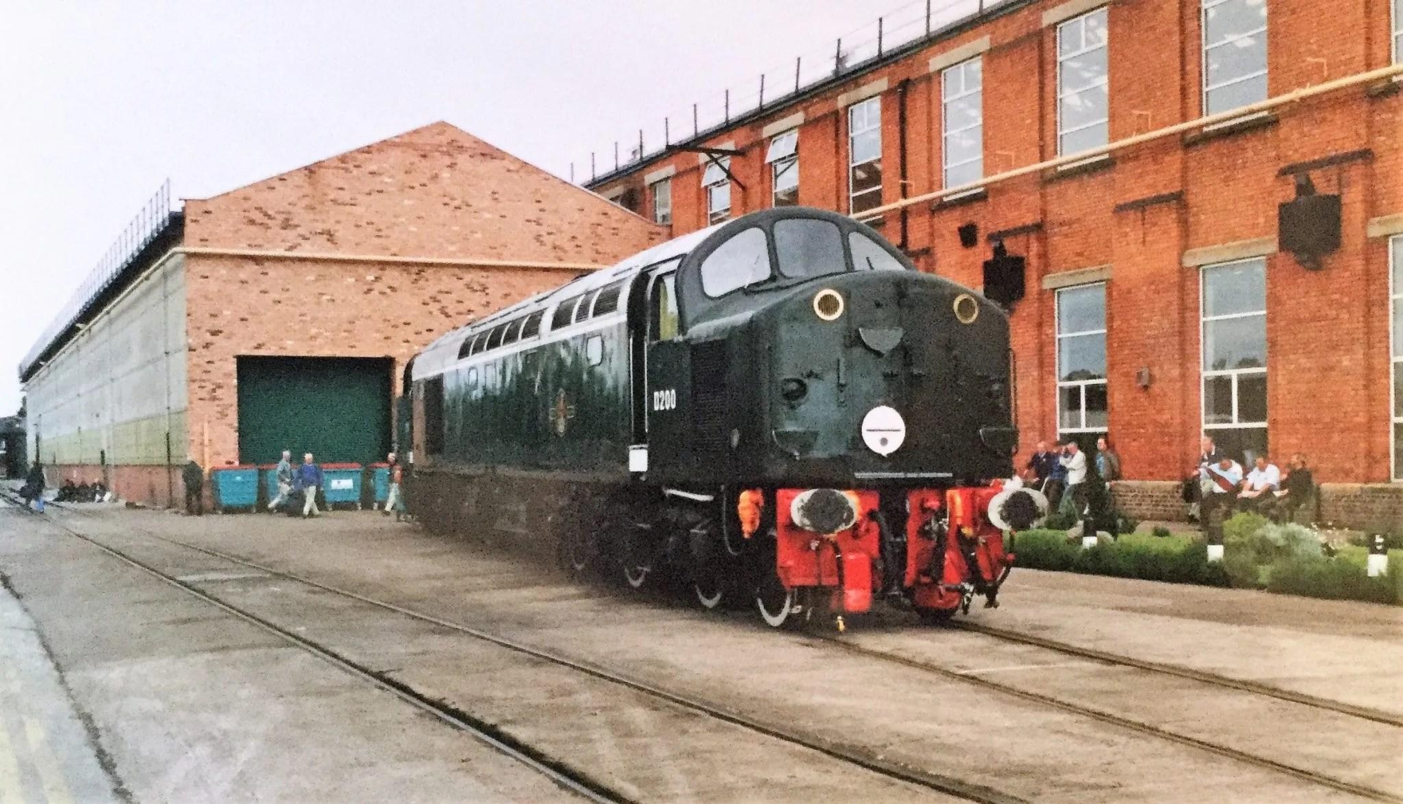 Crewe Works Memories - Class 40 - Erecting shop