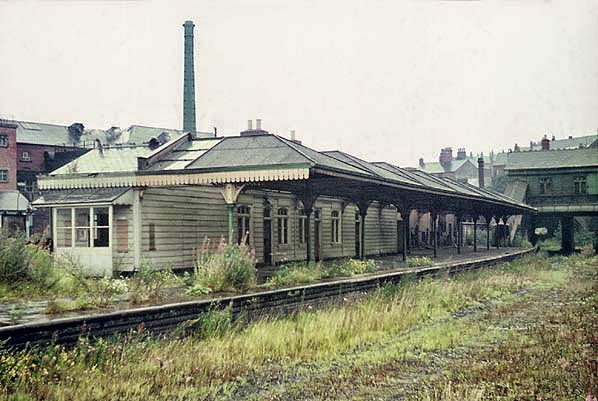 chesterfield(ian_baker1967)central3