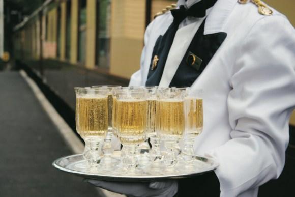 Belmond British Pullman champagne