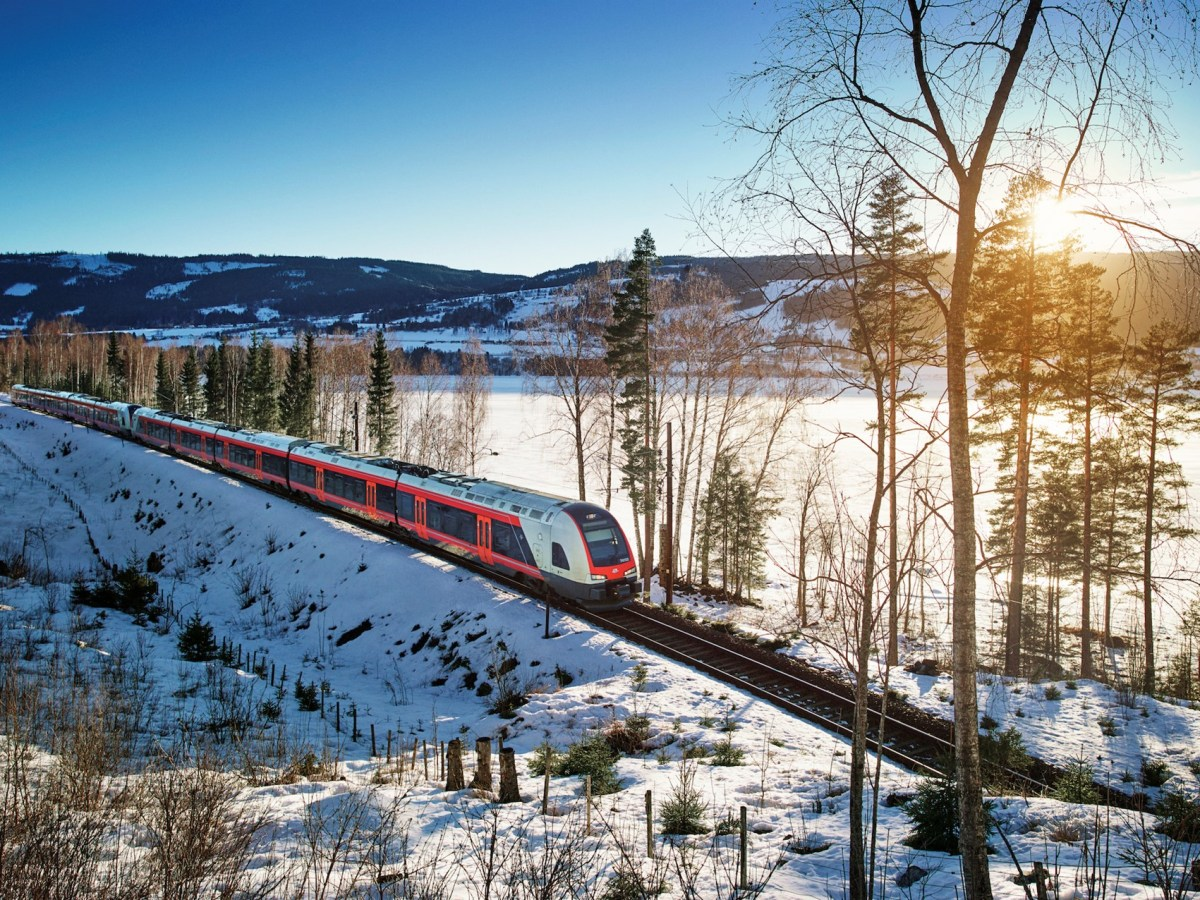 Dovre Line Oslo to Trondheim Norway