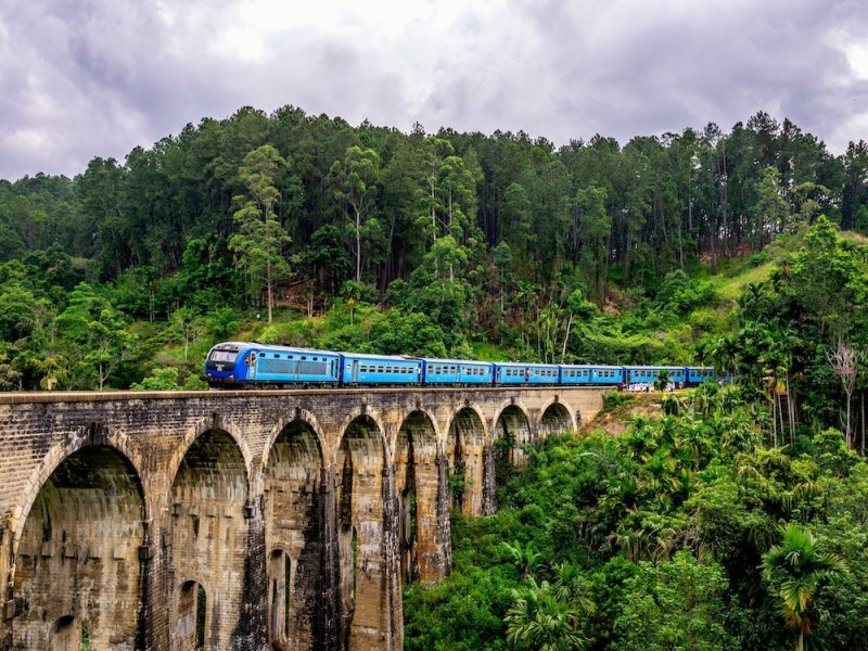 colombo to kandy train Sri Lanka