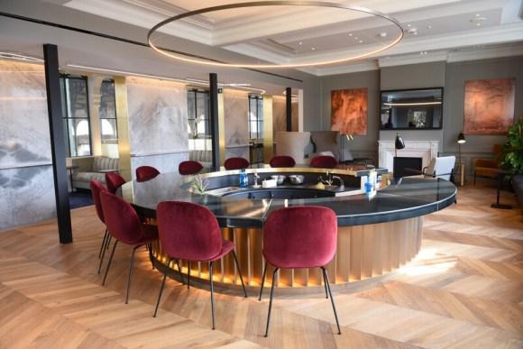 eurostar business lounge bar customers