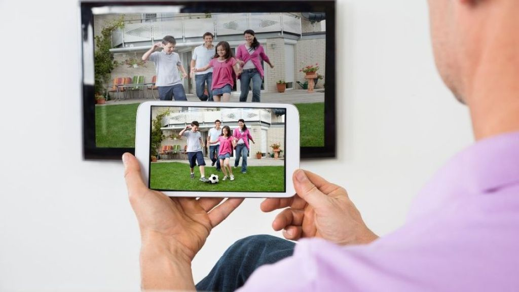 Pense rapidamente - use a TV conectada para aumentar o alcance e gerar