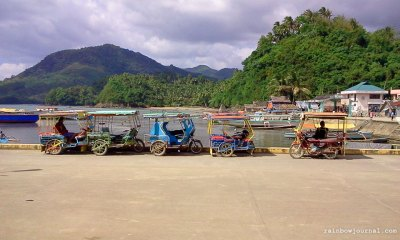 Tricycles waiting at Guijalo port, Caramoan