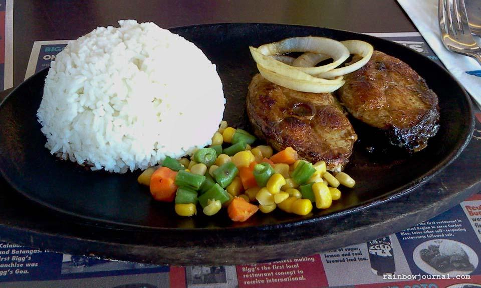 Tanguigue Steak at Bigg's Diner