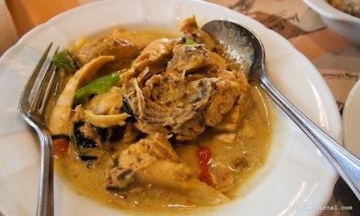 Abe Restaurant's Manuk sa Luyang Dilaw