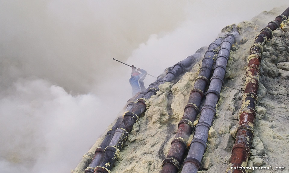 Into the Devil's Lair: The Sulfur Miners of Kawah Ijen