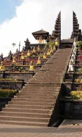Besakih is built on six levels