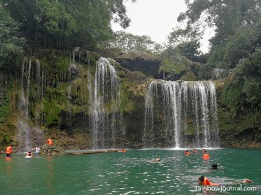 If you've got guts, you may jump from the top of Bolinao Falls 1