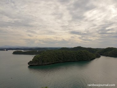 The steps leading to Christ statue winds around the island offering beautiful views of the Hundred Islands National Park