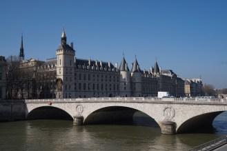 Blue memories of the Conciergerie