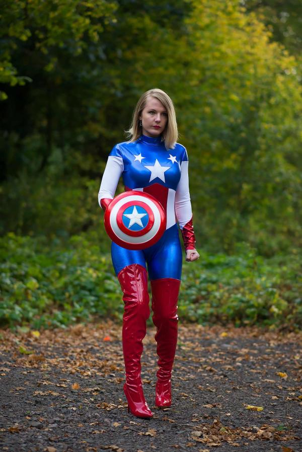 Captain America Raindrops Of Sapphire