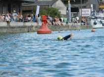 Schwimmer kommt