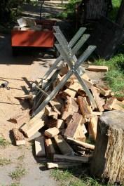 Feuerholz ist auch übrig geblieben