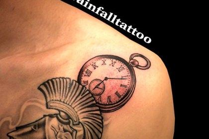 タトゥー 懐中時計 ブラックアンドグレイ