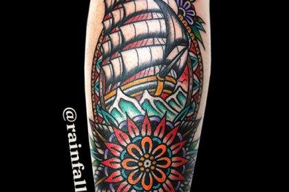 タトゥー 帆船 曼荼羅