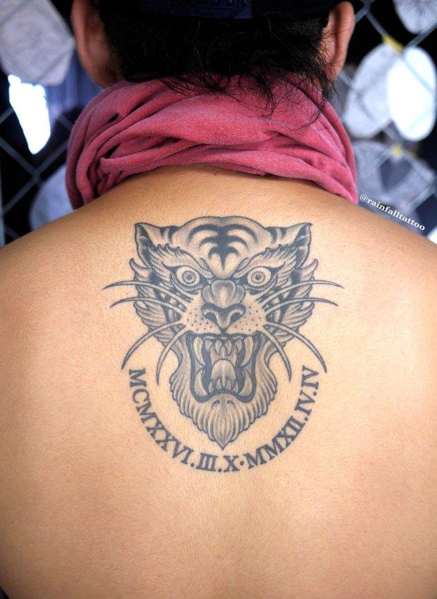 虎のネオトラディショナルタトゥー