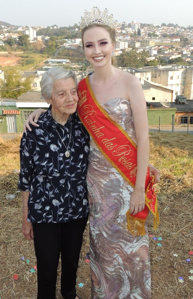 Foto com a avó paterna.