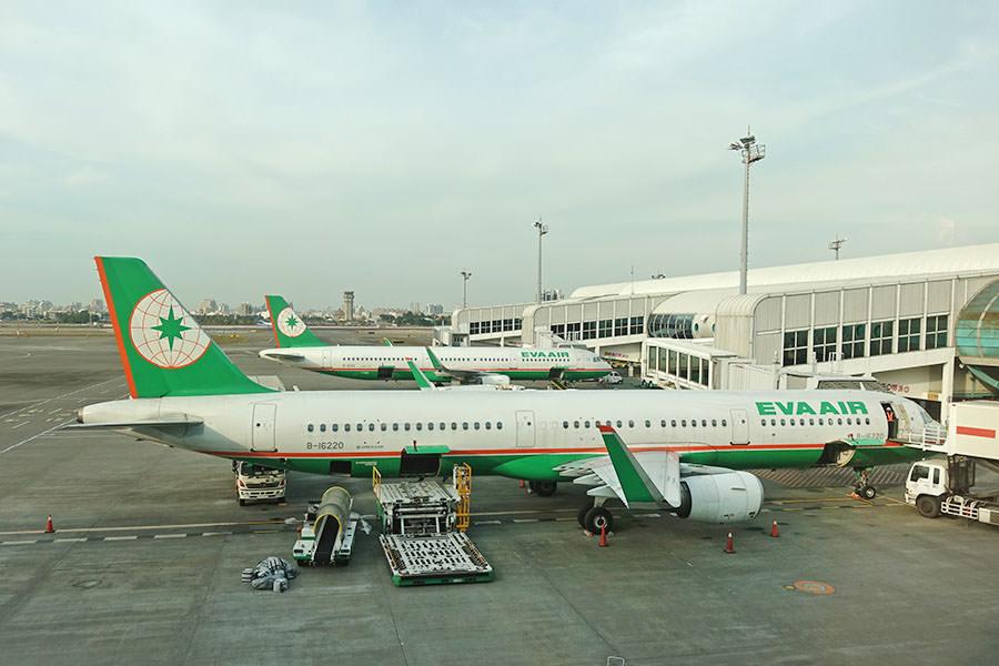 長榮航空 EVA AIR   BR706 高雄KHH ⇒ 上海浦東PVG 經濟艙王位飛行紀錄