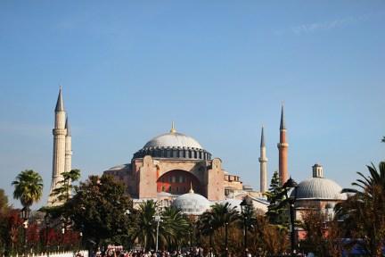 伊斯坦堡 İstanbul ★ 聖索菲亞大教堂 Ayasofya Müzesi 教堂與清真寺合一的千年博物館