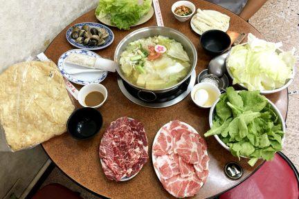 高雄汕頭天天沙茶火鍋,鹽埕區現宰牛肉,服務五星~呈現一甲子的美味!!