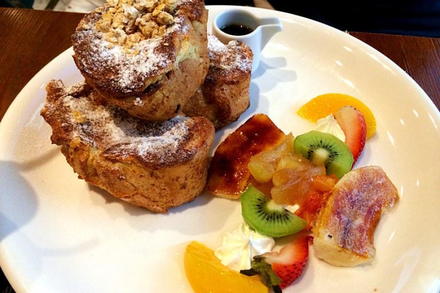 台北東區   C25 度咖啡館,明星早午餐 超厲害法式吐司!!