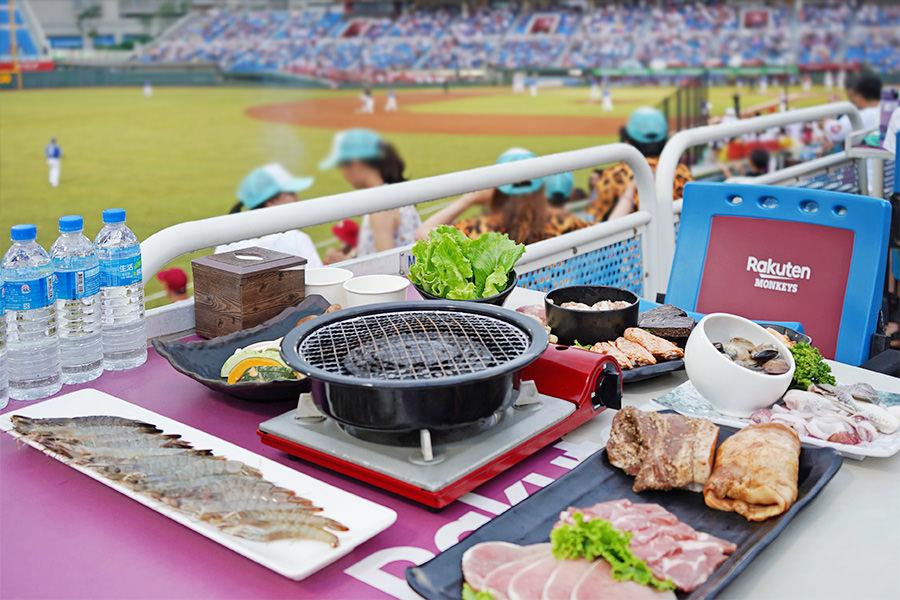 樂天桃猿快樂炒 Rakuten Monkeys 觀賽熱區吃烤肉~桃園棒球場複合式餐飲專區!!