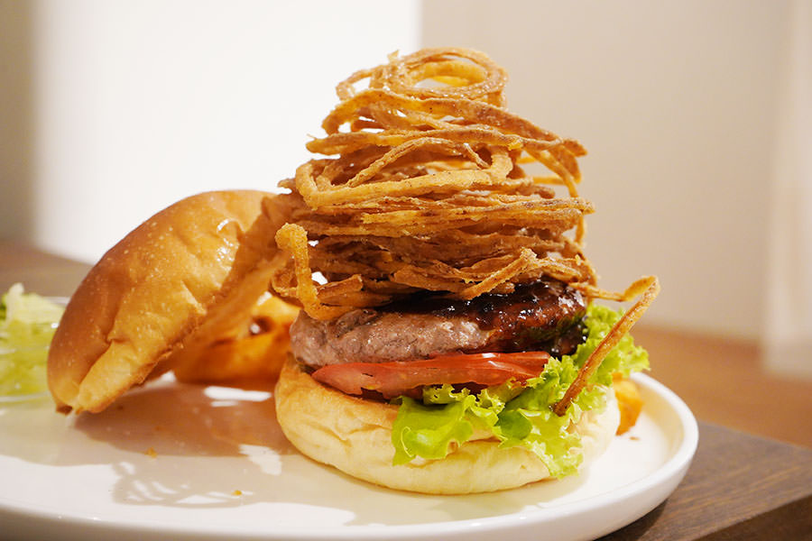 Waku Waku Burger わくわく中山店,日式洋食與華麗漢堡~誠品南西書店夾層裡的秘密美食!!