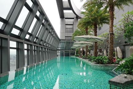 板橋凱撒大飯店 Caesar Park Hotel Banqiao 全台最高無邊際泳池,爆紅打卡高空景觀~間間大坪數、雙面盆,薈萃客房分享!