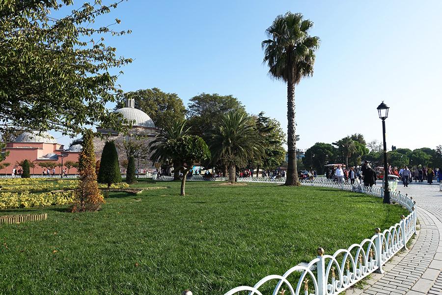 伊斯坦堡 İstanbul ★ 蘇丹艾哈邁德廣場 君士坦丁堡競技場遺址 噴泉 公園 (影片)