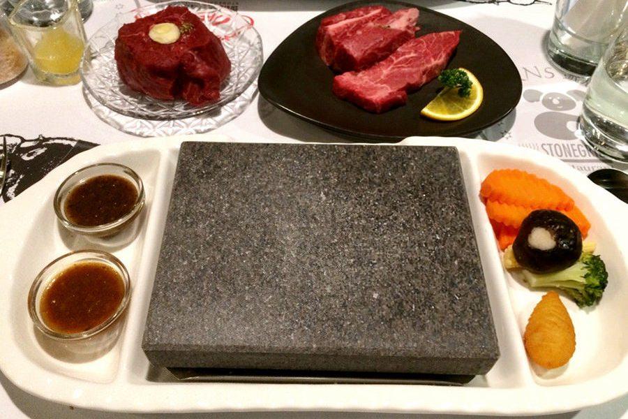 高雄左營 | 凱恩斯岩燒餐廳 Cairns Stonegrill 牛排400度岩燒超美味!!
