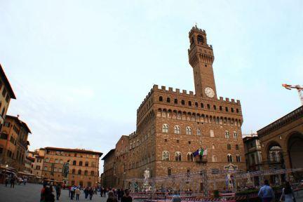 佛羅倫斯領主廣場 Piazza della Signoria 舊宮殿前的城市中心代表