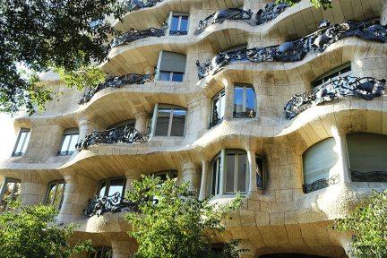 巴塞隆納 Barcelona | 米拉之家 La Pedrera - Casa Milà 高第的海洋狂想曲