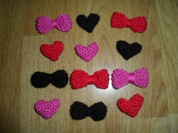 knitted crochet hearts bows