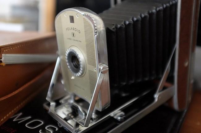 Polaroid_LensCloseup