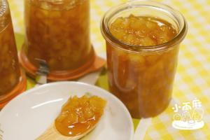 自製橙香鳳梨醬、蘋果醬、煉乳