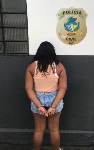 Presa em Crixás mulher que mandou rosquinhas recheadas com crack para companheiro no presídio