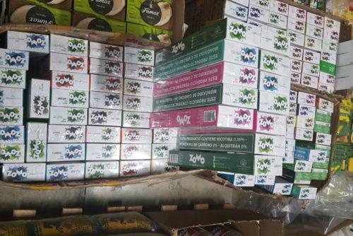 Operação Fumaça do Mal apreende cigarros e essências de narguilé em Goiânia