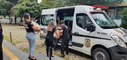Delegacia do Idoso distribui donativos de campanha a quatro asilos da capital