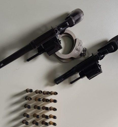 Polícia Civil prende em Formosa suspeito de alugar armas para o cometimento de roubos e descobre, na casa do investigado, uma rinha de galos