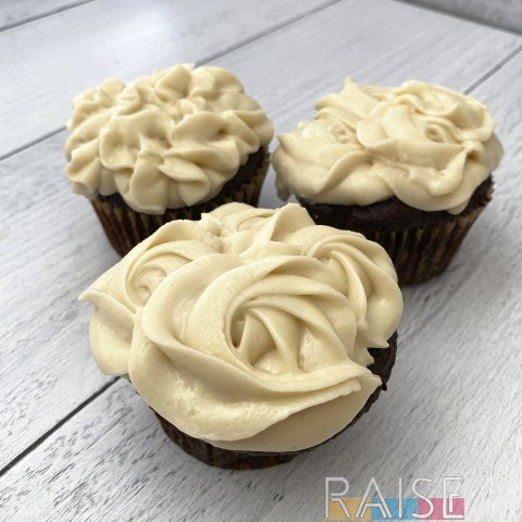 Vegan Vanilla Cream Cheese Frosting by The Allergy Chef