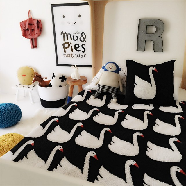another awesome kids' room - could work for a boy or girl